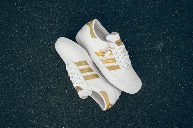 Adidas_Adi-Ease_Premiere_Away_Day